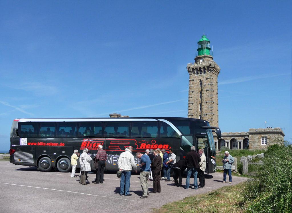 Blitz-Bus am Kap Frehel in der Bretagne