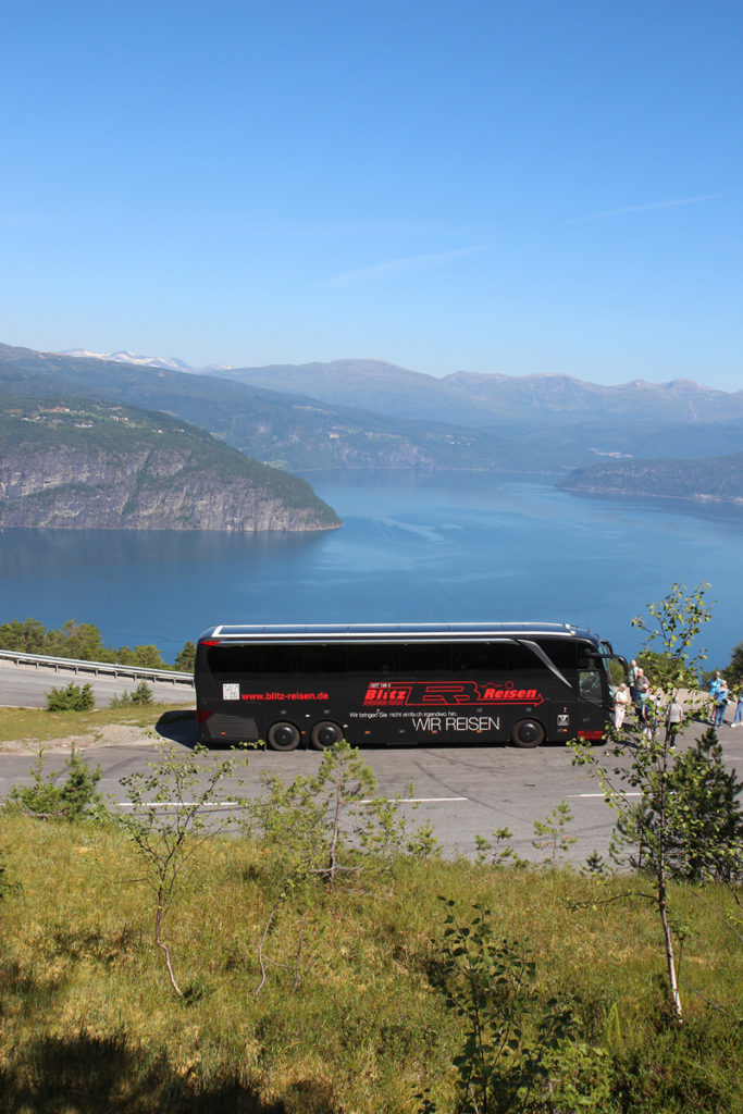 Fotostopp am Nordfjord in Norwegen