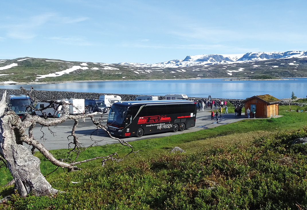 Fotostopp am Sysendam auf der Hardangervidda in Norwegen